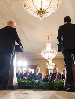 Le president Donald Trump et le Premier ministre Justin Trudeau tiennent une conference de presse dans Ia Maison-Bianche a Washington, le 13 fevrier 2017